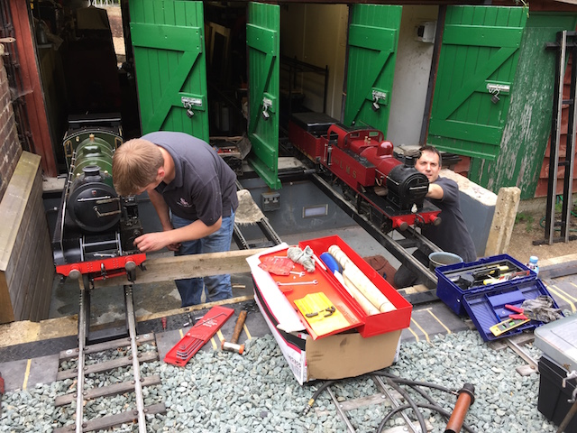 tom and jamie fixing locos