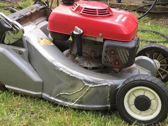 Tom lawnmower repair